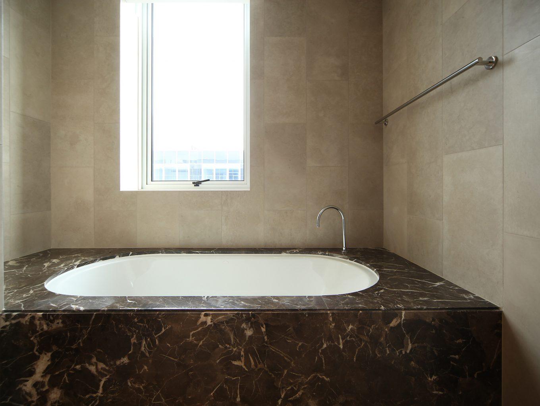 36_Bath